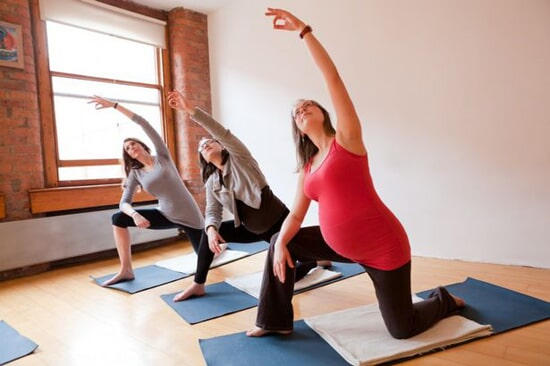 post pregnancy Pilates can help mom return to her pre-pregnancy body
